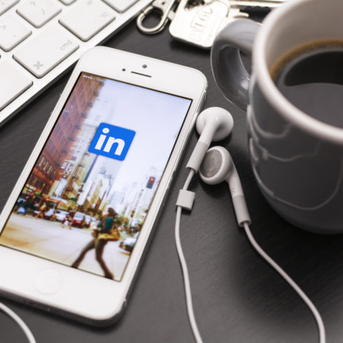 6 ways of using LinkedIn to your advantage