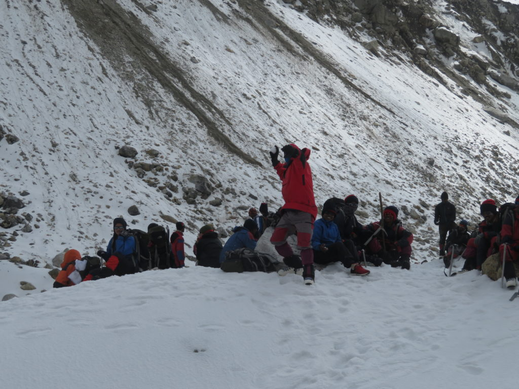 Snow ball competition at rest point